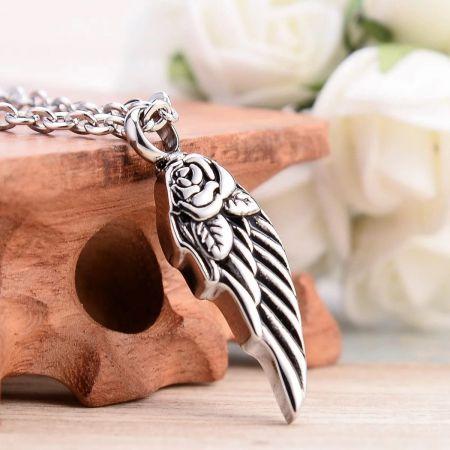 Ashanger vleugel met roos