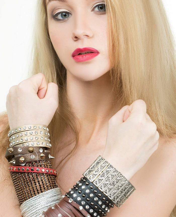 leren armbanden voor haar